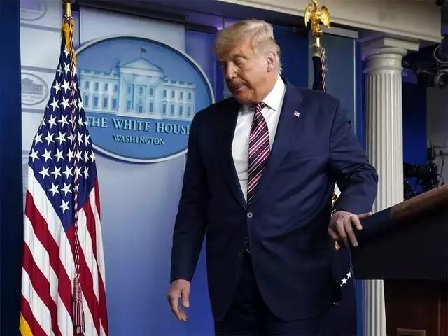 疫情预防:特朗普离职后,拜登入住前,白宫将全面消毒。