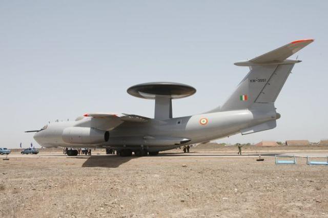 """印度媒体:为了监视中巴边境地区,印度将""""建造""""六架新的预警飞机。"""