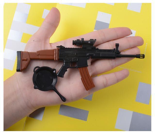 印度警方发现,在德里,越来越多的罪犯习惯于用玩具枪作案。